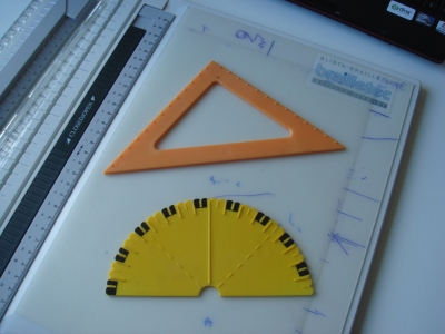 Tactile protractor and set square